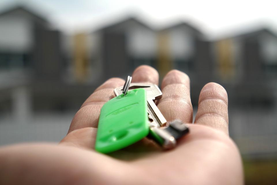 Государство обязано помочь: появится реестр россиян, нуждающихся в квартирах