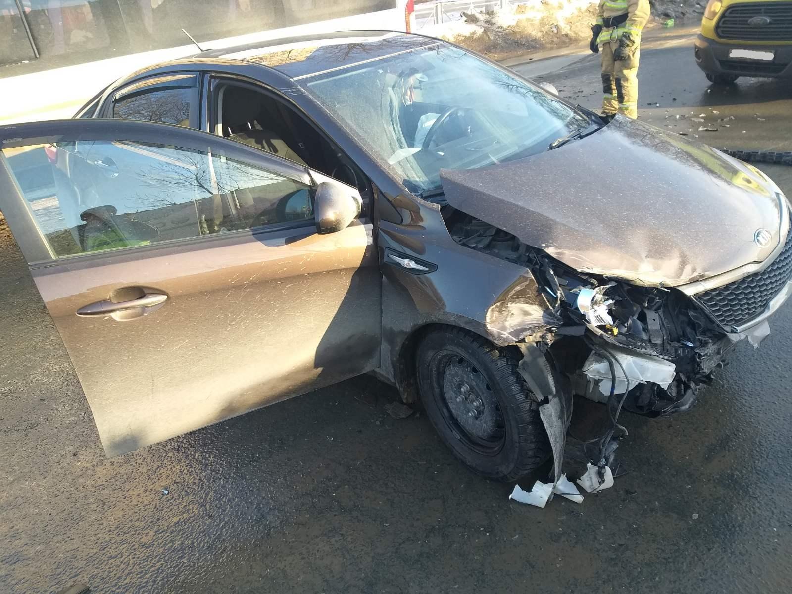 Женщина пострадала в аварии иномарок в Тольятти