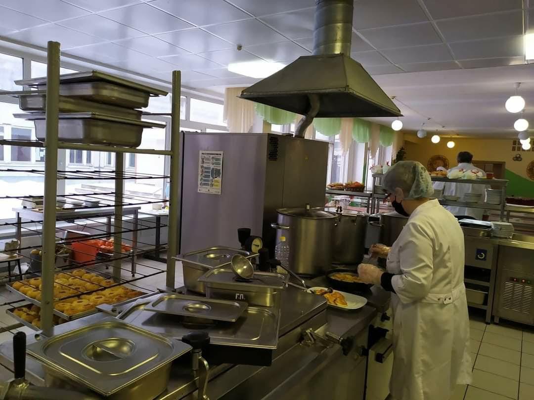 В Самарской области модернизируют пищеблоки в школах