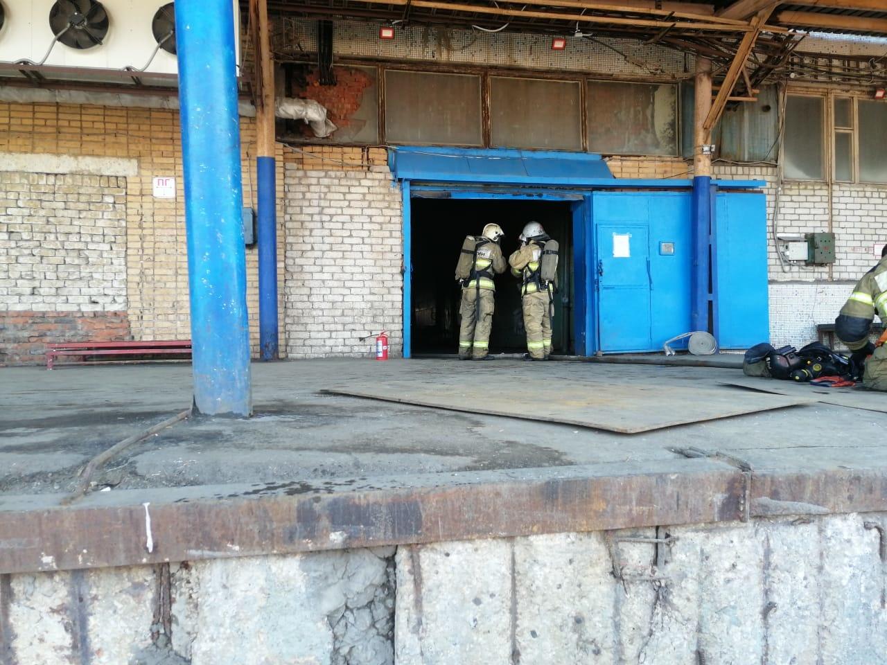 В Тольятти во время пожара на складе погиб человек