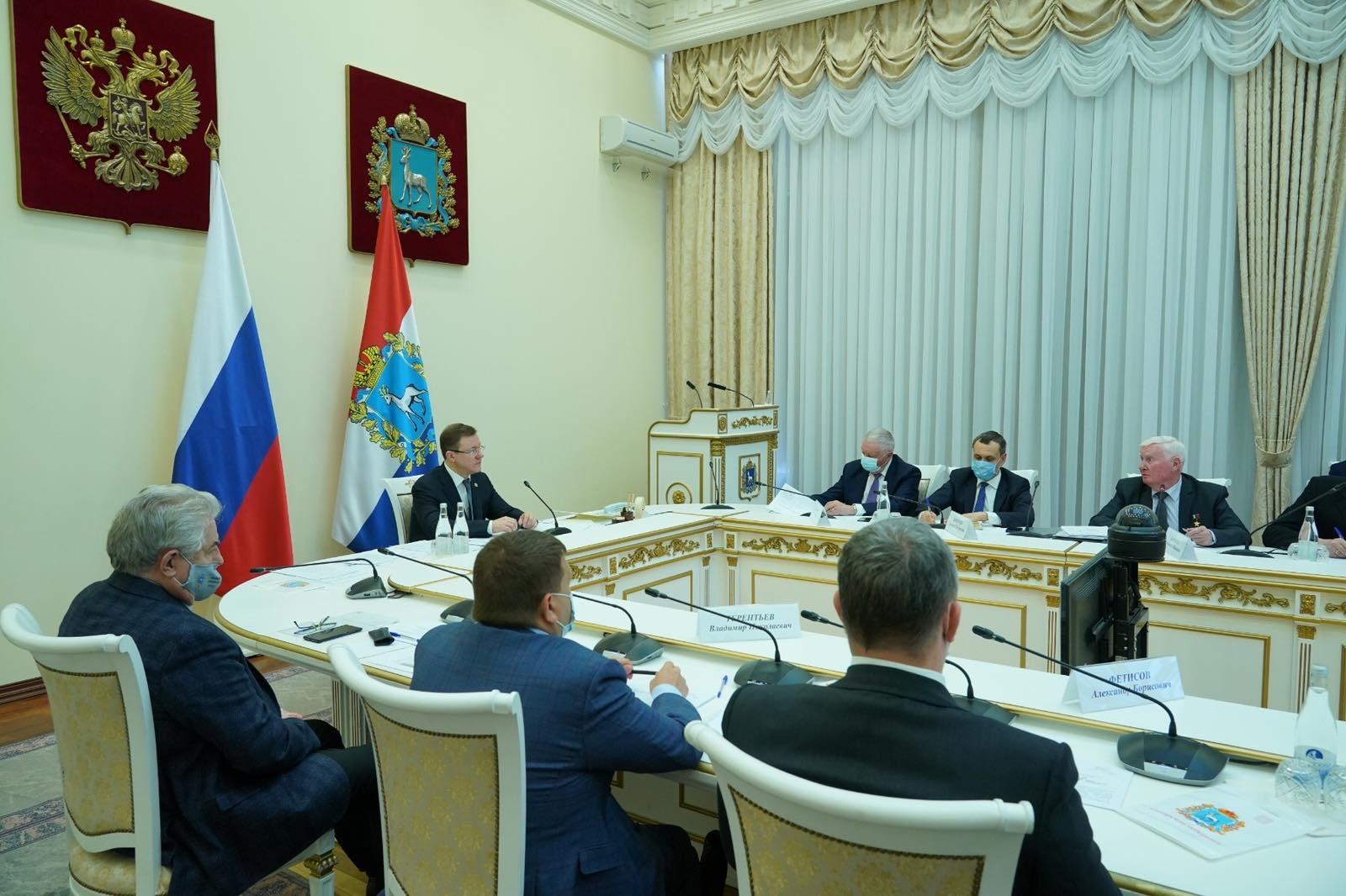 Праздник 9 мая и поддержка ветеранов: Дмитрий Азаров провел расширенное заседание оргкомитета «Победа»